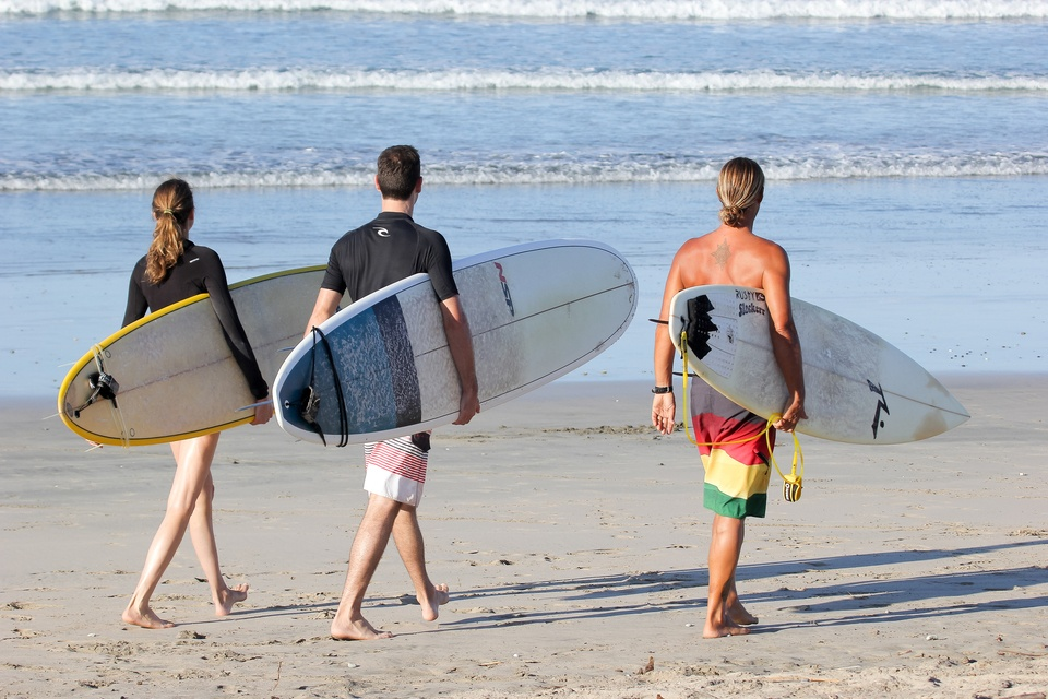 Surf Therapy Travel_main