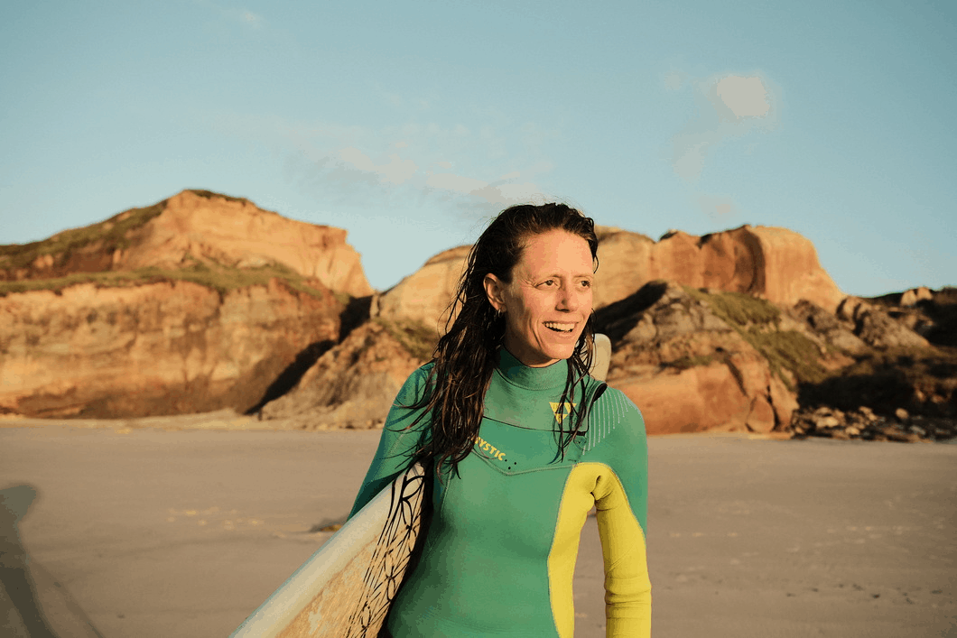 Sabine_Surf Therapy Travel holistic therapist